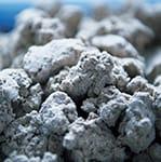 セラミックフィルター原料(石+粘土)